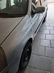 Clio Sedan Exp 1.0