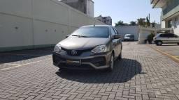 Toyota Etios 1.5 XS Automatico Blindado. Entrada + parcelas em até 60 meses