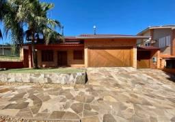Belíssima casa a venda no condomínio Sociedade de Medicina
