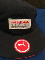 Vendo boné puma Red Bull original