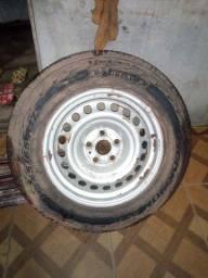 $:500 Vendo esse pneu aro 245/65/R17