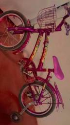Vendo bicicleta infantil bem conservada