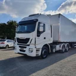 Iveco Hiway 440 6x2 2019 + Carreta Baú Facchini 30 Pal 2021