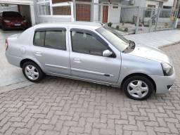 Título do anúncio: Clio sedan privilege 1.6