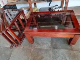 Título do anúncio: Mesa de centro e 3 de canto de madeira boa