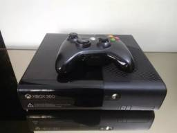 Título do anúncio: Xbox 360 + 02 jogos originais (Ate 12x com acrescimo)
