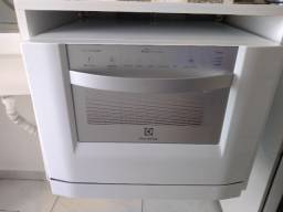 Máquina Lava Louça Eletrolux 6 serviços Branca