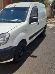 Vendo Renault Kangoo 2015/2016 R$15,500