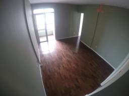 Título do anúncio: Apartamento de 02 quartos na Batista Campos - Ed. Veneza