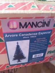 Título do anúncio: Árvore de Natal Usada 2 vezes