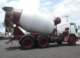 Caminhão betoneira Ford cargo 2622 6x4