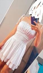 Título do anúncio: Vendo este vestido branco