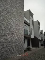Triplex em condomínio em Paranaguá