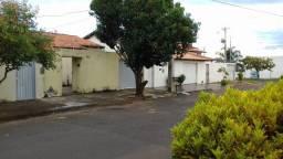 Vende se Casa no Residencial Madri em Araguari Ótima Localização (Leia o Anuncio)
