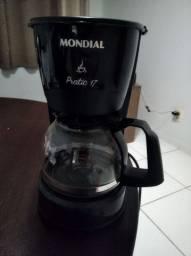 Cafeteira Mondial - usada apenas 2 vezes