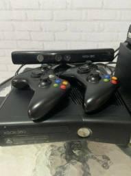Xbox 360 destravado + HD externo 1TB
