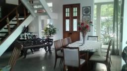 Linda casa em condomínio fechado Pedro Gondim