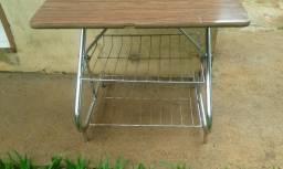 Mesinha / rack antigo para tv som - Dourados MS