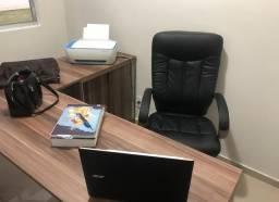 Mesa e Cadeira de Escritório e Impressora Hp