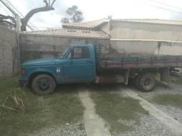 D40 86 carroceria de madeira - 1986