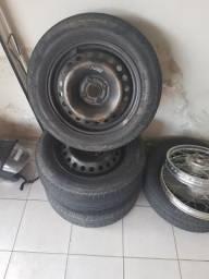Rodas aro 15 com pneus