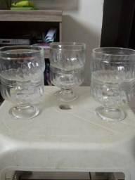 Tacinhas de sobremesa de vidro