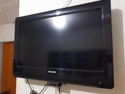 """TV 32"""" polegadas funcionando perfeitamente + DVD e conversor digital $400"""