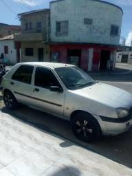 Fiesta 2000 - 2001