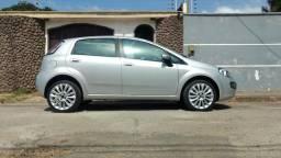 Fiat Punto Essence 1.6 16v - 2013
