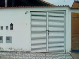 Oportunidade Não Se Perde !!! Casa com 2 dorm e Muito Mais !!!( L )