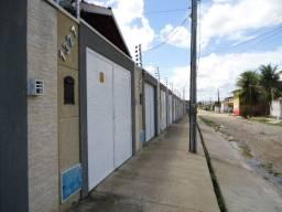 Casa com 2 dormitórios para alugar, na Rua Miracel,1337-Siqueira R$ 699,00