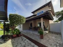 Casa em condomínio com 305m² 4/4 na Priscilla Dutra