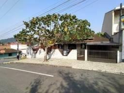 Casa à venda no bairro Rau - Jaraguá do Sul/SC
