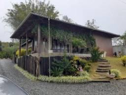 Casa à venda no bairro Centro - Corupá/SC