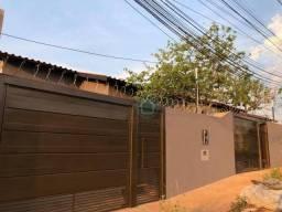 Casa pronta pra morar, com excelente acabamento e localização