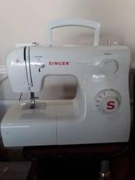 Maquina de Costura Singer Tradition 2250 ( Novissima )