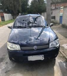 Fiat Palio Week em perfeito estado