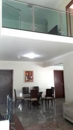 Casa em Interlagos - 4 qts, 3 banheiros, 2 vagas, 250m²