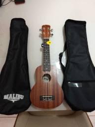 Ukulele Soprano Malibu + 2 Paletas + 2 Capas