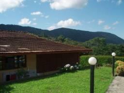 Linda casa em Nova Friburgo - Bairro Stucky