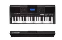 Teclado Yamaha Psr e453 muito novo,único dono!!