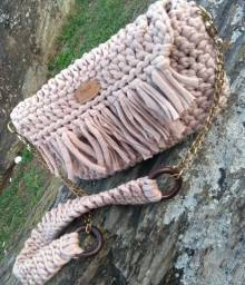 Bolsas em fio de malha