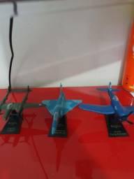 Aviões miniatura