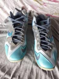 Nike Lebron cobalt tam 10,5 US