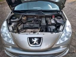Peugeot 207 Sedan Passion XR Sport 1.4 8V (Flex)