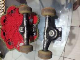 Par de Trucks Skate Usados