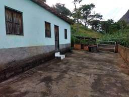 Vendo casa no interior(ouro verde MG)