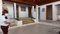 Título do anúncio: Casa de fundos no Bairro Carlos Prates.