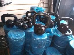barras anilhas kettlebells para ginastica