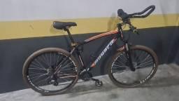 Bicicleta Mountain Bike, quadro 19 (G), aro 29. 24 marchas.